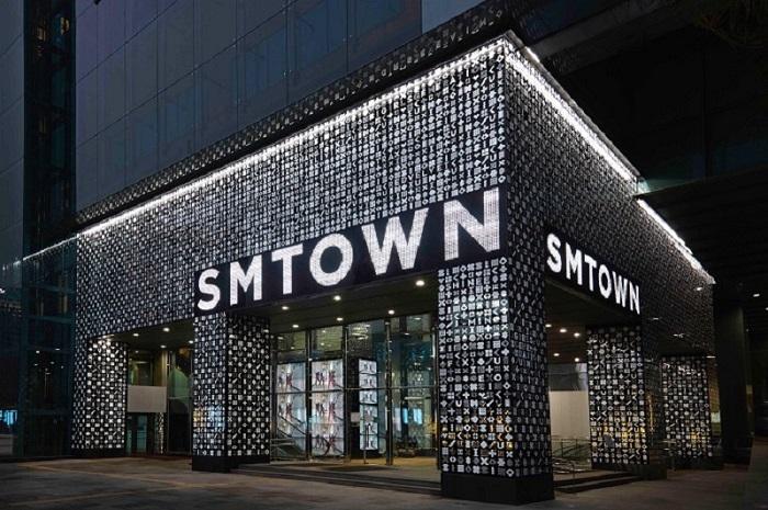 SMTOWN-5.jpg