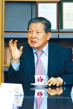Lee Yun-taek, president of the Incheon Asian Games Organizing Committee IAGOC