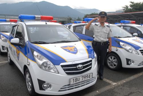 GM Daewoo delivers 86 Matiz Creative police cars