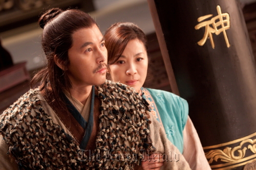 """Jung Woo-sung stars alongside Michelle Yeoh in John Woo's latest sword-play epic """"Reign of Assassins."""""""