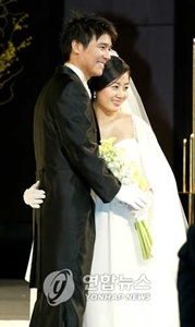 (Im Chang-jung and his wife)