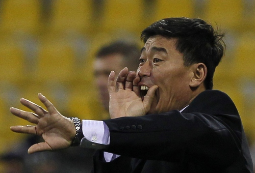 North Korea head coach Jo Tong-sop (AP-Yonhap News)
