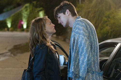 """Natalie Portman, left, as Emma and Ashton Kutcher as Adam co-star in """"No Strings Attached."""" (Dale Robinette/Courtesy AllMoviePhoto.com/MCT)"""