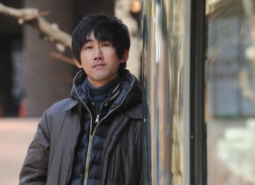 "Director Yoon Jae-geun says his debut film, ""Heartbeat,"" is not simply a tearjerker. (Lee Sang-sub/ The Korea Herald)"