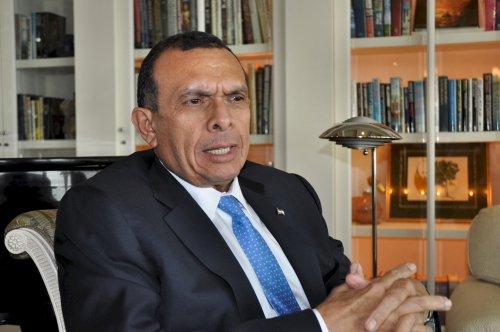 Honduras President Porfirio Lobo (AP)