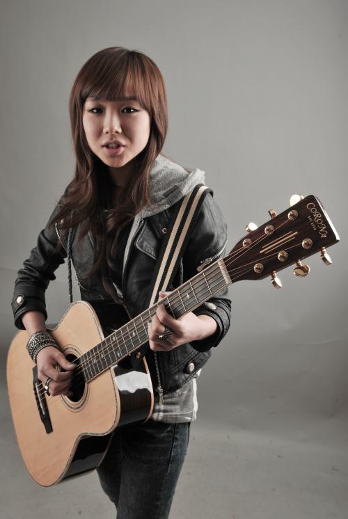 Singer-songwriter Kim Bo-kyung.(Chung Hee-cho/The Korea Herald)
