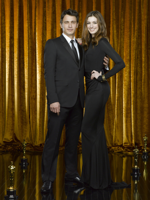 James Franco (left) and Anne Hathaway. (ABC/MCT)