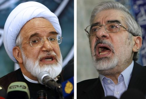 A combo of recent file pictures shows Iranian opposition leaders Mir Hossein Mousavi (right) and Mehdi Karroubi. The two leaders have been arrested along with their wives and jailed at Tehran's Heshmatiyeh prison, their websites reported on Monday.(AFP-Yonhap News)