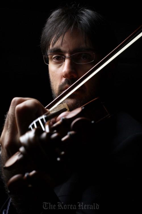 Violinist Leonidas Kavakos. (Vincero)