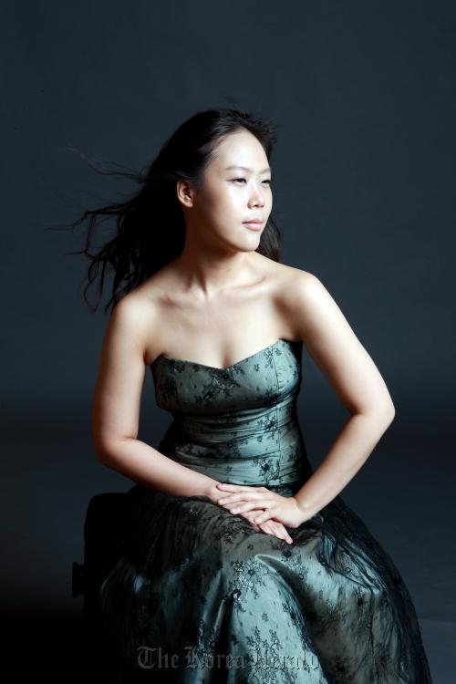 Pianist Son Yeol-eum. (Goyang Aram Nuri Arts Center)
