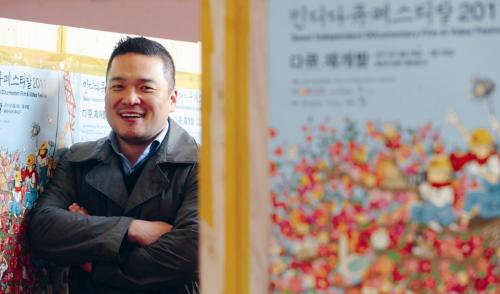 Documentary director Lee Hyuk-sang (Ahn Hoon/The Korea Herald)
