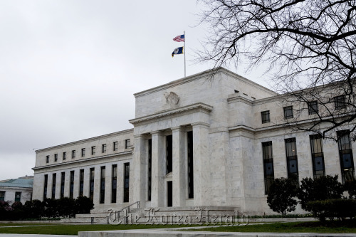 The U.S. Federal Reserve building stands in Washington, D.C. (Bloomberg)