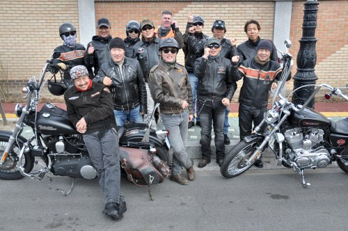 Members of Good Guys and Riders after an afternoon of riding in the countryside. (Yoav Cerralbo/The Korea Herald)