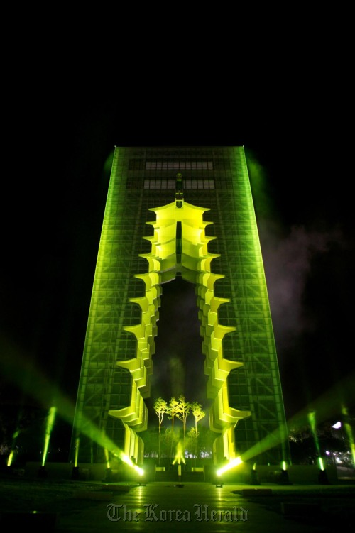 The Gyeongju Tower, a replica of the Nine-story Pagoda at the Hwangnyong Temple, at the Gyeongju World Culture Expo Park in Gyeongju, North Gyeongsang Province. (The Organizing Committee for the Gyeongju World Culture Expo)