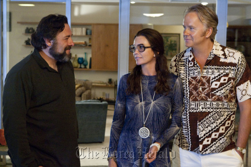 "(From left) James Gandolfini, Diane Lane and Tim Robbins star in ""Cinema Verite."" (MCT)"