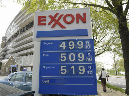 Gas prices above $5 a gallon are seen on a sign at a gas station in Washington on April 20. (AP-Yonhap News)