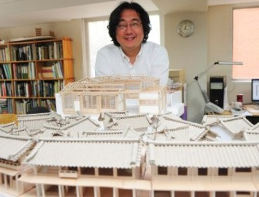 (Architect Cho Jung-goo at his office in Jeong-dong, Seoul Park Hae-mook/The Korea Herald)