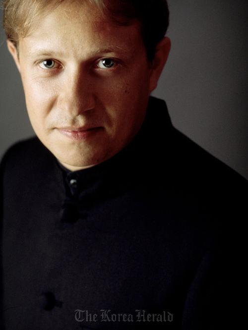 French conductor Ludovic Morlot (SPO)
