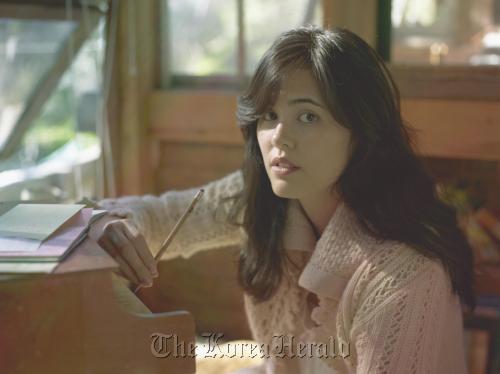 Folk singer-songwriter Priscilla Ahn (Warner Music)