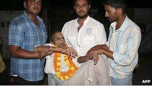 India's oldest inmate Brij Bihari Pandey was released at 108.