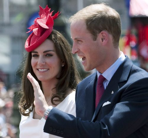 William and Kate, the Duke and Duchess of Cambridge participate in Canada Day celebrations on Parliament Hill in Ottawa on Friday July 1, 2011. (AP-Yonhap News)