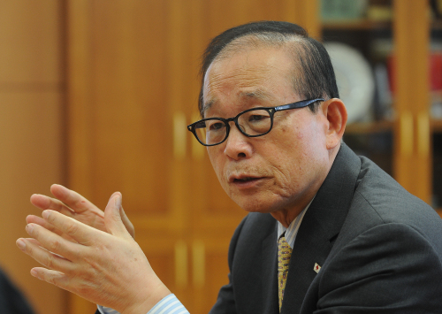 President of the Korean Red Cross Yoo Chong-ha. (The Korea Herald)