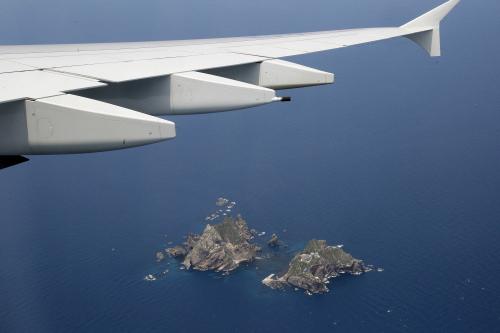 Dokdo islets seen from Korean Air's A380 flight on June 16 (Yonhap News)