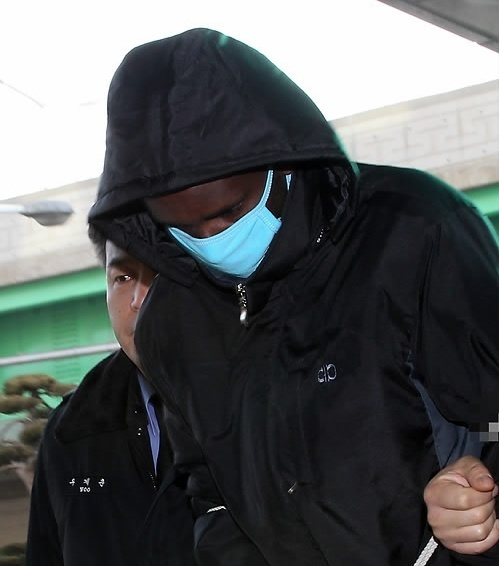 One of the five Somali pirates, who were captured during a South Korean navy commando raid on a hijacked South Korean freighter in the Arabian Sea in January. (Yonhap News)