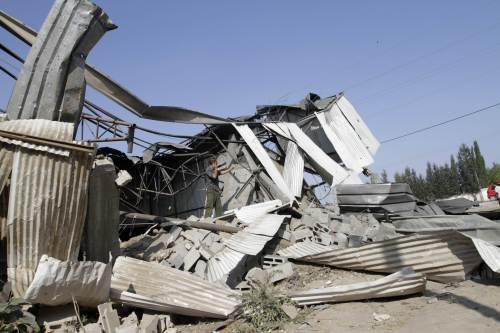 The site of an early morning Israeli airstrike in Gaza City on Thursday. (AFP-Yonhap News)