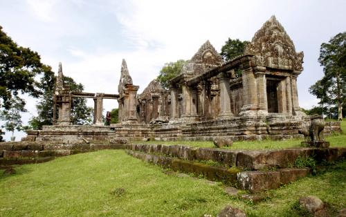 Cambodia's 11th century Hindu Preah Vihear temple, near the disputed border of Cambodia-Thailand, in Preah Vihear province (AP-Yonhap News)