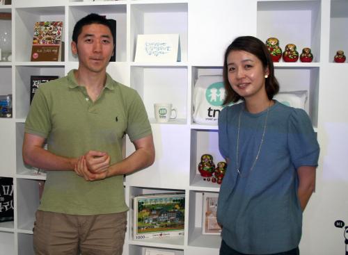 Nanoomi's founding editor Cynthia Yoo and Venture Square content producer Jin Seung-hun. (Paul Kerry)