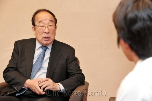 Park Yong-sung, president of the Korean Olympic Committee (Chung Hee-cho/The Korea Herald)