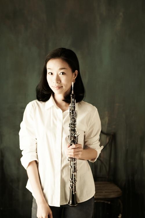 Oboist Chun Min-kyung (Ensemble TIMF)