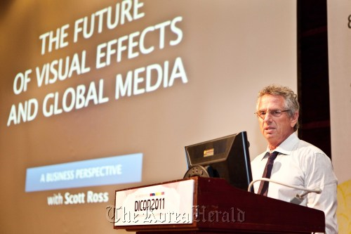 Scott Ross, co-chairman of inDSP USA, delivers his keynote speech during the 2011 International Digital Content Conference at COEX in southern Seoul, Tuesday. (Korea Creative Content Agency)