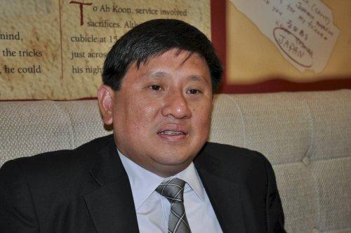 Singapore Ambassador Peter Tan Hai Chuan (Yoav Cerralbo/The Korea Herald)