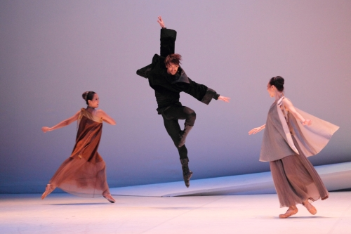 """A scene from Korea National Ballet's """"Romeo and Juliet"""" (KNB)"""