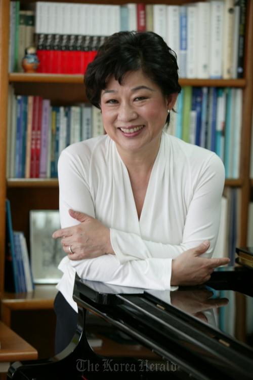 Pianist Lee Kyung-sook (Kumho Asiana Cultural Foundation)