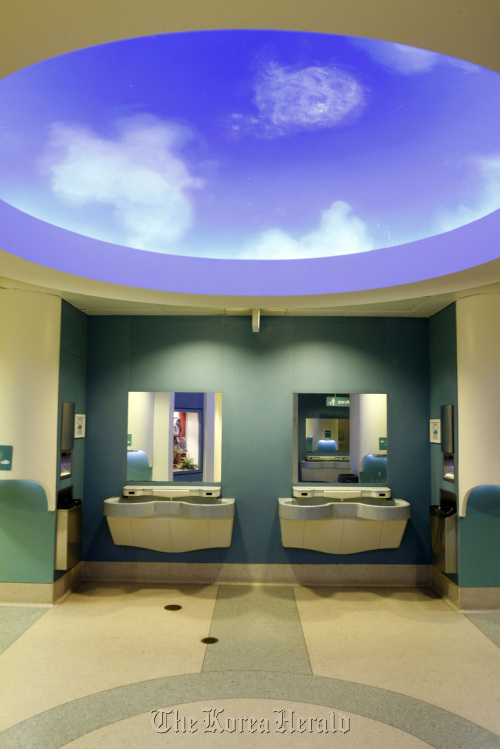 The Tot Area of the men's room on the ground floor of the Field Museum in Chicago, Illinois. (Chicago Tribune/MCT)