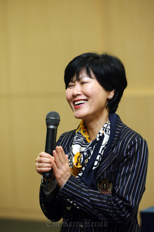 Travel writer and advisor to the U.N. Central Emergency Response Fund (CERF) speaks during a press conference prior to her lecture at the 2011 World Trail Conference at International Convention Center on Jeju, Tuesday. (Jeju Olle)