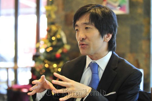 Korean Connection founder Maxime Paquet talks to The Korea Herald in an interview in Seoul, Tuesday. (The Korea Herald/Kim Myung-sub)