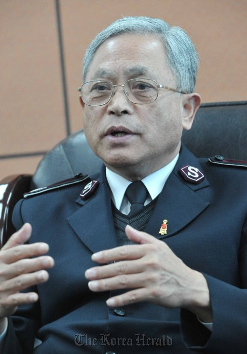 Park Man-hee, commissioner for the Salvation Army Korea Territory ( Chung Hee-cho/The Korea Herald)