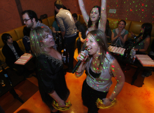 Culture of Celebrity Worship: Free Persuasive . - materora33's soup