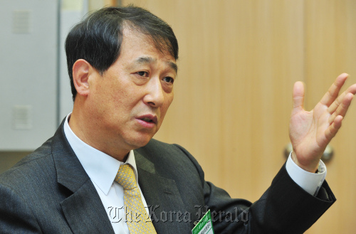 Kwon Tae-kyun, ambassador to the UAE, speaks during an interview with The Korea Herald in Seoul on Friday. (Park Hyun-koo/The Korea Herald)