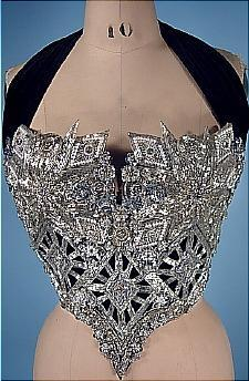 This undated photo provided by Julien's Auctions shows a bustier worn on stage by Whitney Houston which fetched $18,750 at an auction in Beverly Hills of memorabilia from the late pop star's career on Saturday in Beverly Hills, California (AP-Yonhap News)