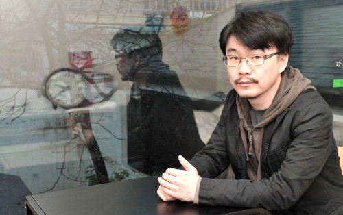 Director Jeong Ji-woo poses for a photo prior to an interview with The Korea Herald on April 25. (Chung Hee-cho/The Korea Herald)