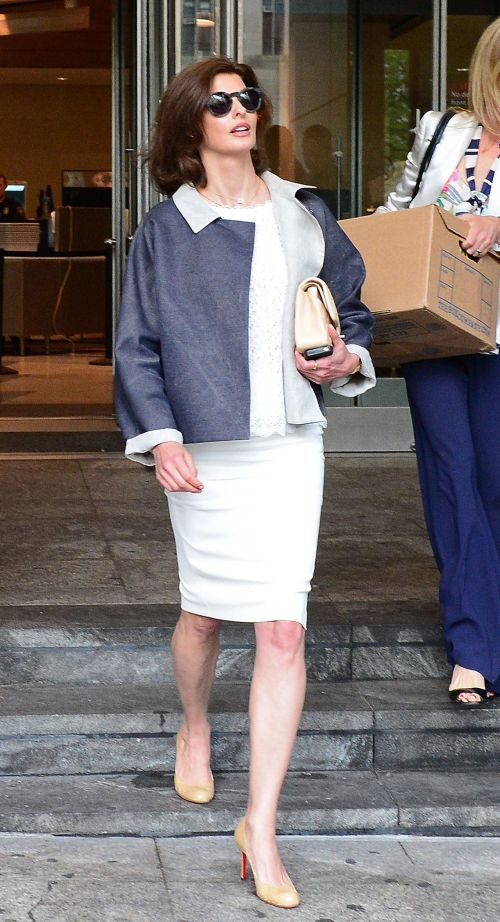 Supermodel Linda Evangelista leaves New York Family court in New York on Friday. (AFP-Yonhap News)