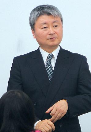 Takamori Takuya gives a talk to Korea University students on his recent visit to Seoul.
