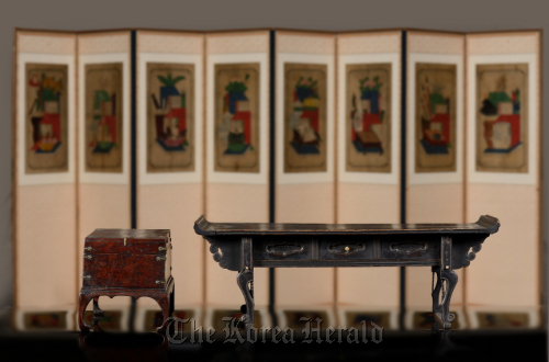 traditional korean furniture. the inside view of a u201csarangbangu201d reception room joseon aristocratic house national folk museum korea traditional korean furniture