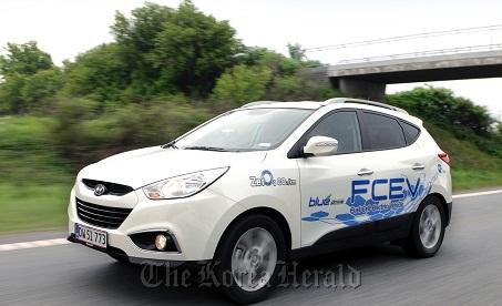 The hydrogen fuel cell edition of Tucson ix (Hyundai Motor)