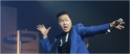 Psy performs at the Kool Haus in Toronto, Canada, on Tuesday at a concert celebrating the launch of Samsung's Galaxy Note II in Canada. (Samsung Electronics)